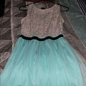 Cute dress size:7